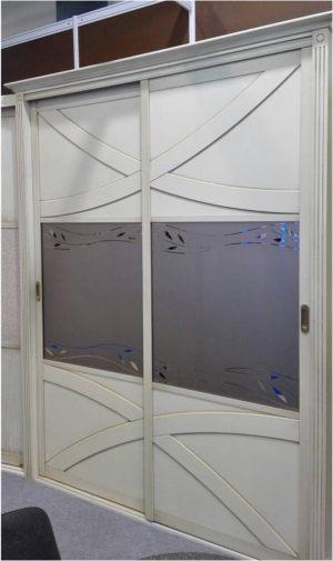 Классический шкаф купе с эксклюзивным декором Батайск