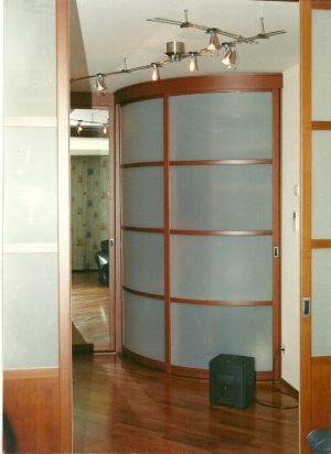 Радиусные двери на верхнем подвесе Батайск